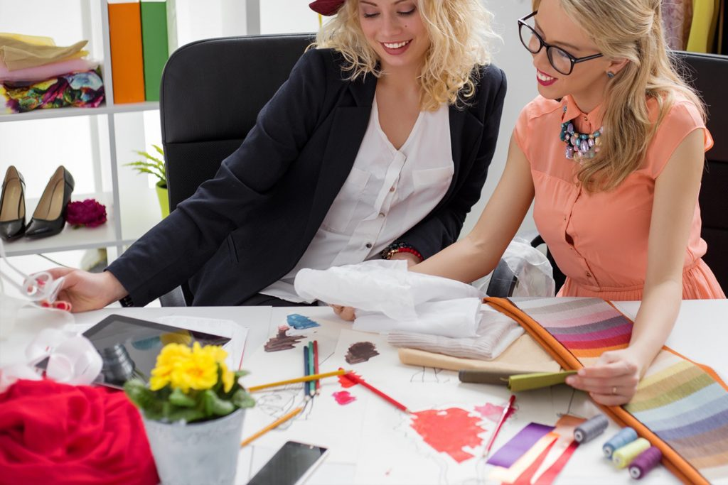 Fabric Sourcing Checklist for Fashion Designers